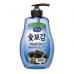 Корейское средство для мытья посуды, овощей и фруктов  Древесный уголь MUKUNGHWA 750 мл