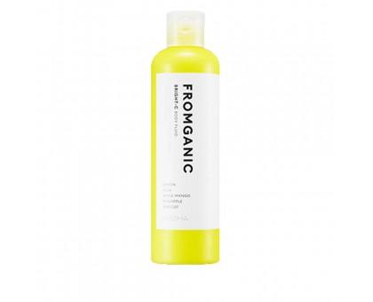 Флюид для тела MISSHA Fromganic Body Fluid Bright-C, 300 ml